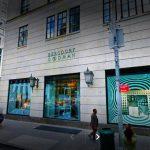 Los dueños de Louis Vuitton siguen de compras